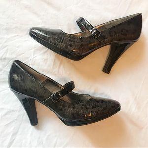 Sofft ⚜️ Black Leather Animal Print Heels